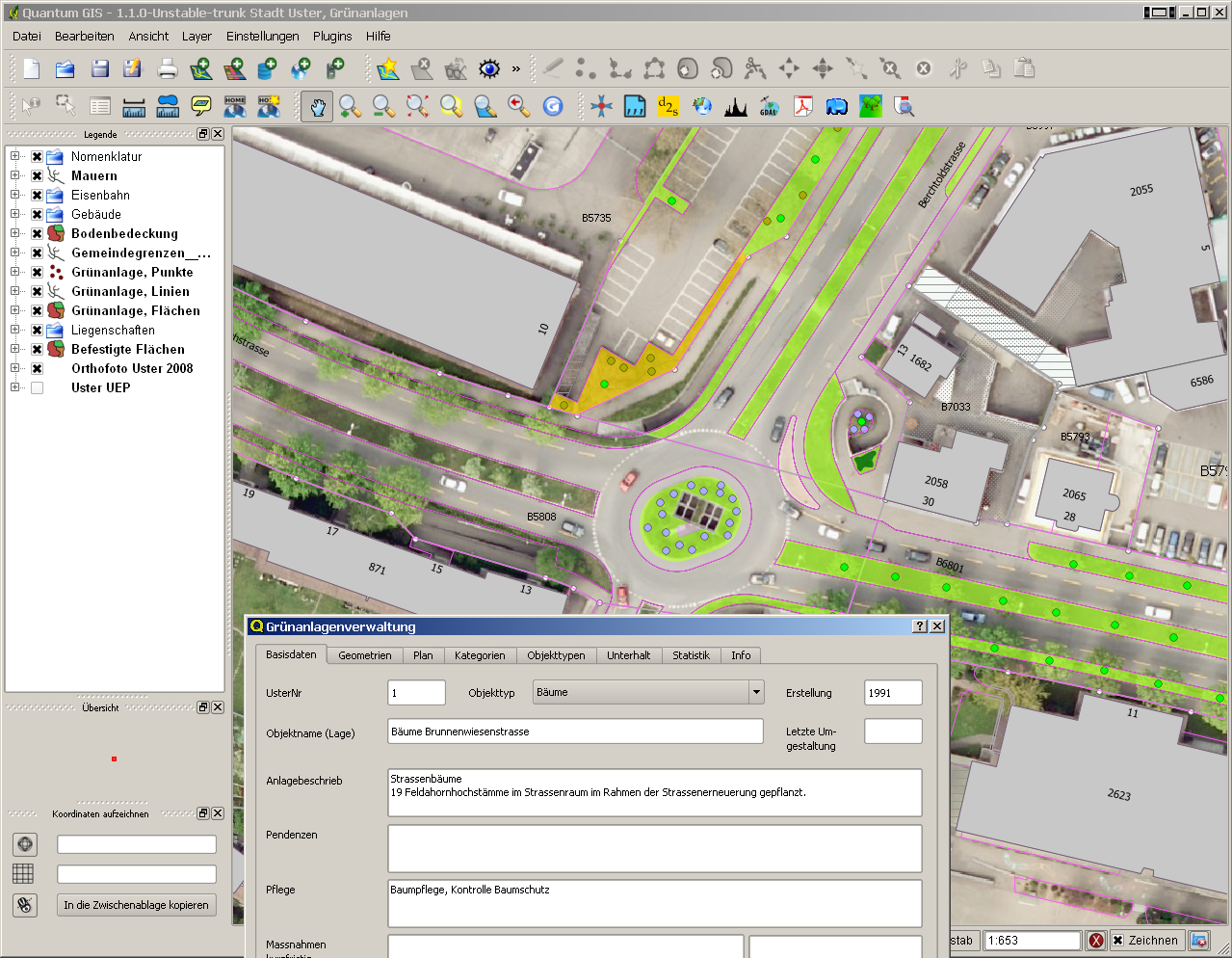 The use of QGIS in the Geodata Infrastructure of the City of Uster
